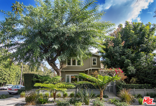 West Hollywood $3.25 mil