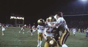 Doug Flutie celebrates with his brother