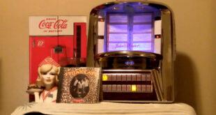 Jukebox and Coke at Diner