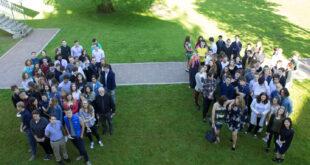 50 men and 50 women in 2 groups