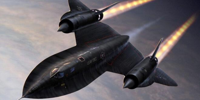 SR-71 Blackbird in flight