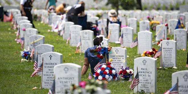 Graves at Arlington Cemetary