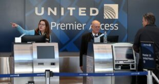 United Airline ticket counter