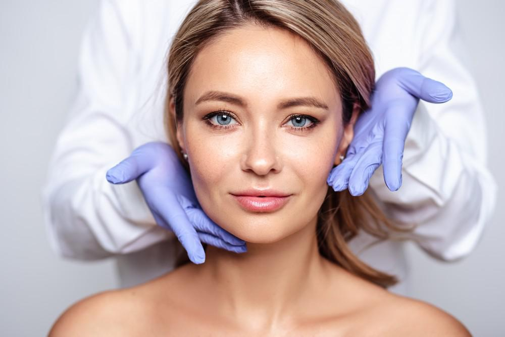 Why Is PRP Microneedling the Hottest New Facial?