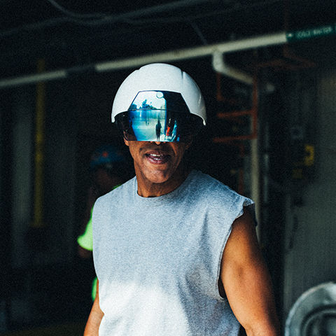 DAQRI AR Smart Helmet™ could Replace Hardhat and Eye Protection