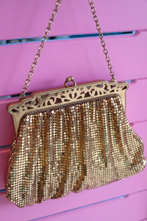 Vintage Whiting & Davis 1950s gold mesh bag