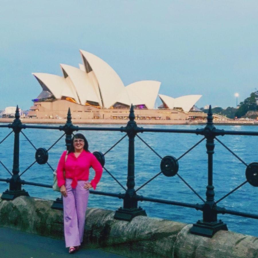 Colour blocking_Vintage Travel Kat Katrina Holden at Sydney Opera House
