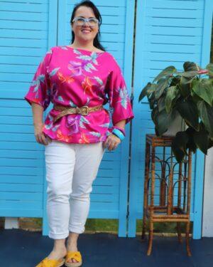 Vintage 1980s pink Hawaii top