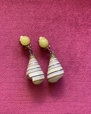 Vintage shell clip on earrings