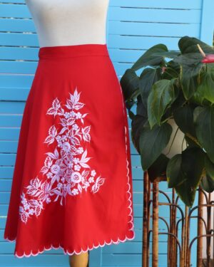 Vintage 1970s folk peasant skirt