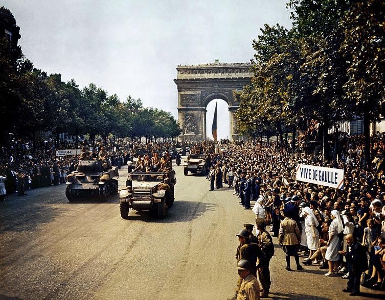 Paris, 26 August 1944_Library of Congress Prints and Photographs Division Washington, D.C