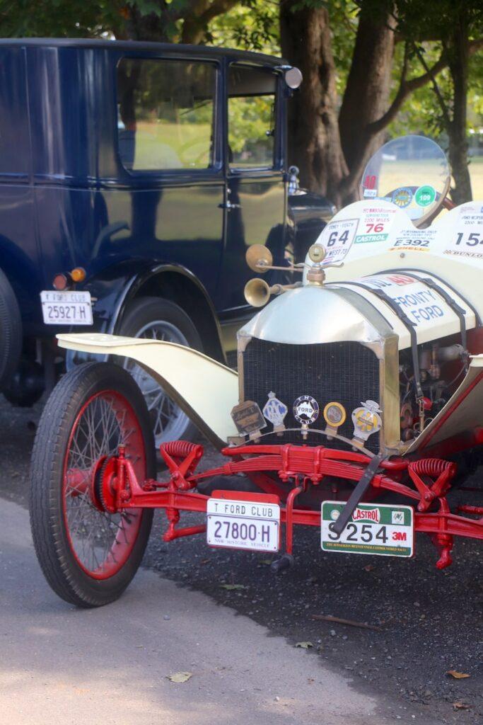 Robertson vintage cars. Image: Vintage Travel Kat