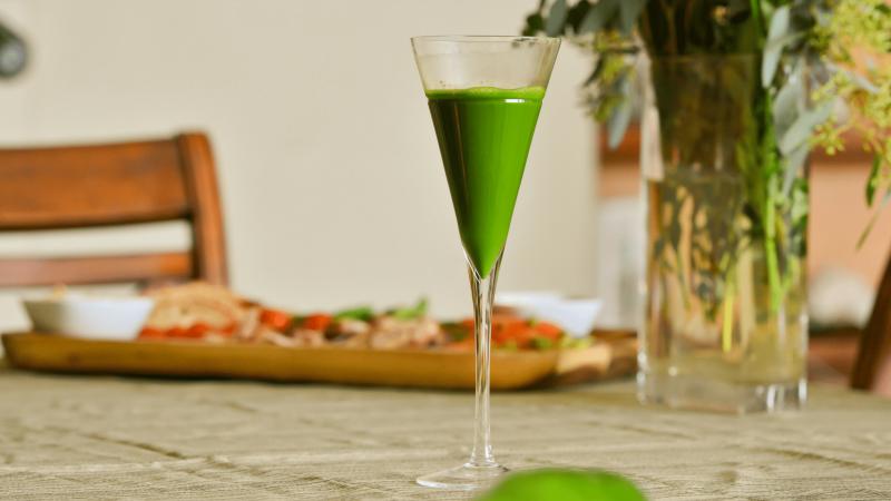 Green-Juice-Hero-min.png?time=1611169585