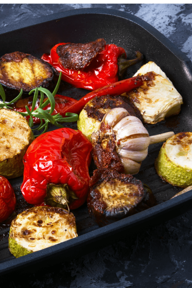 Change up what's for dinner with one of these plant-based sheet pan dinners. Your family will love these roasted veggie bowls, pita pockets, nachos (and more!) and you'll love the easy prep and clean up.