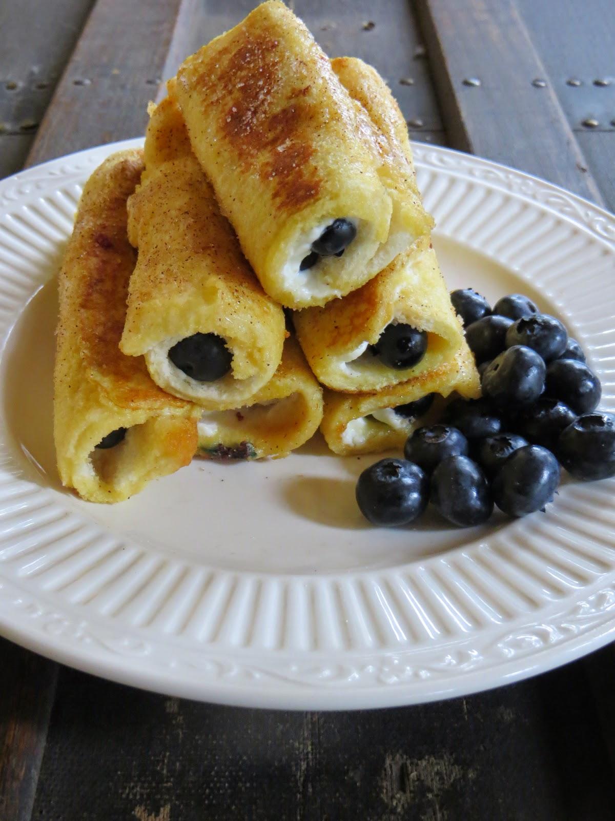 Blueberry Cream Cheese Roll Ups