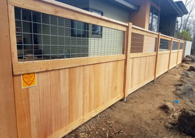 Heart Fence Style: Kennel with Lower Privacy