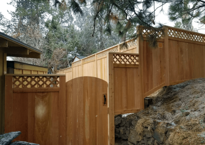 Heart Fence Style: Lattice Privacy