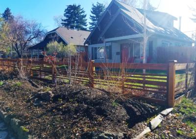 Heart Fence Style: Modern Farm
