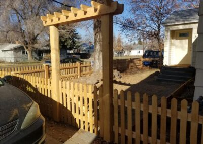 Heart Fence Style: Picket Fence with Arbor Gate