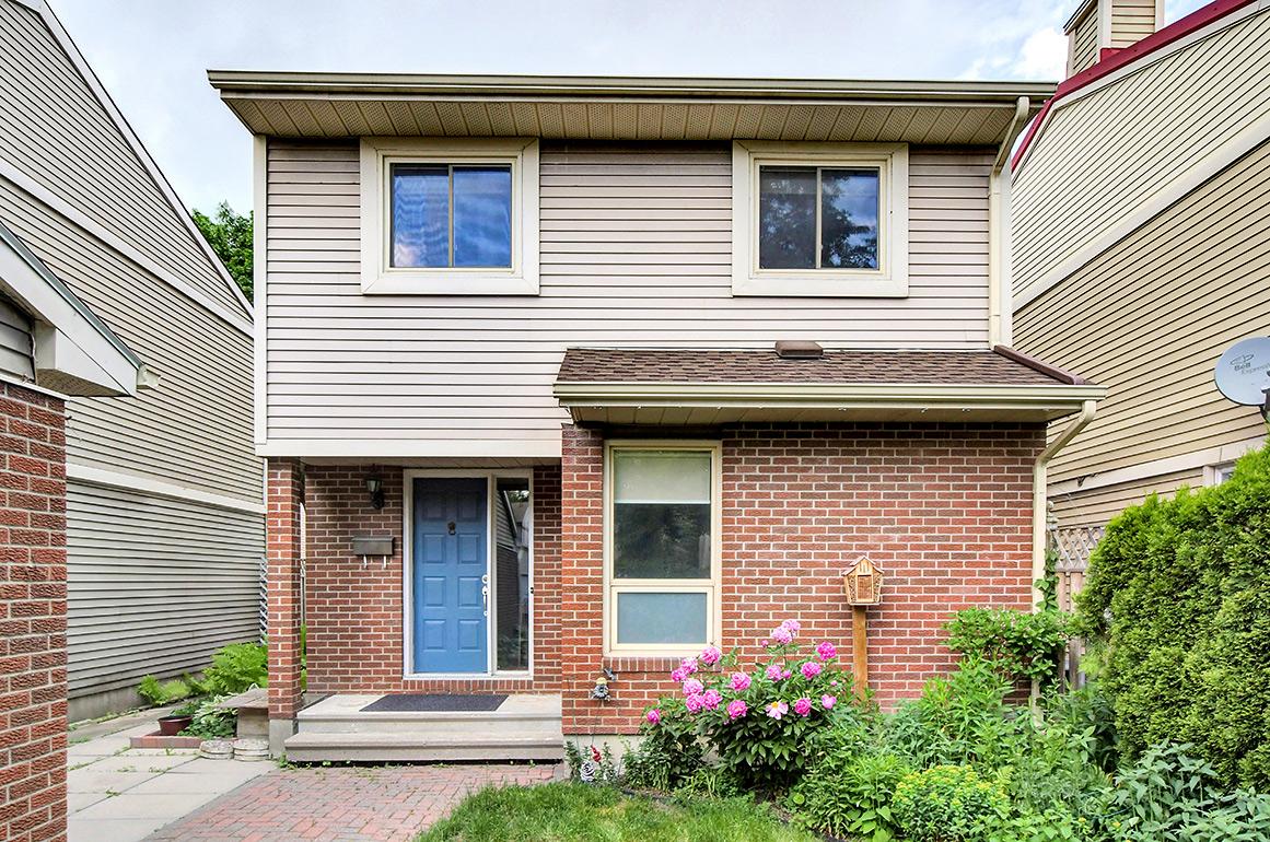 507 Courtland Pl, Ottawa, Ontario  K2C 3T7 - Photo 1 - RP7582895990