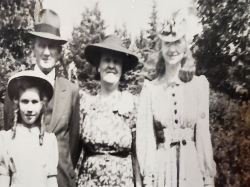 Michele Schulze's grandfather, grandmother, mother and aunt