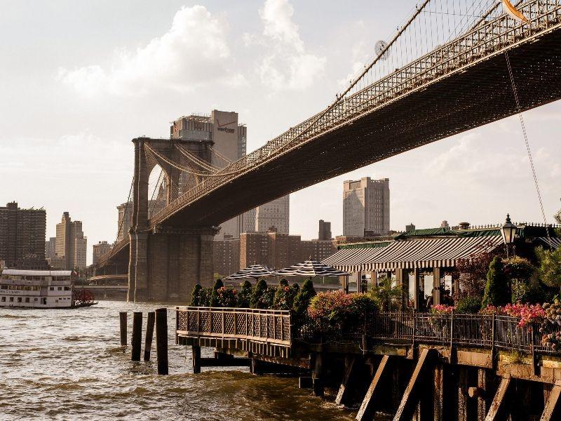 Photo of the Brooklyn Bridge