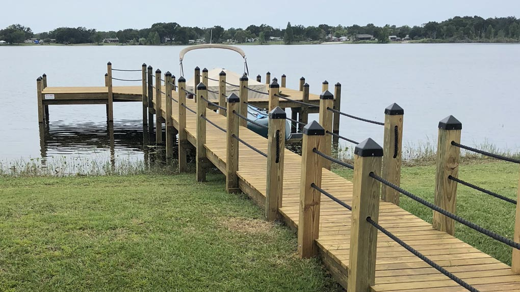 Photo of Deck and dock with rope rails