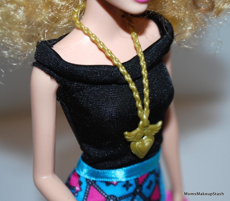Barbie-Top-Accessories