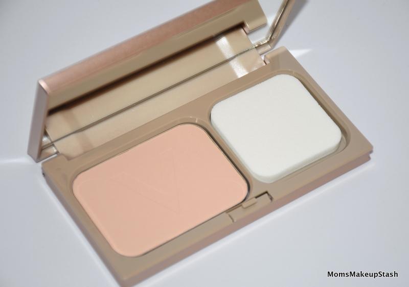 illuminating-foundation-powder-teint-ideal