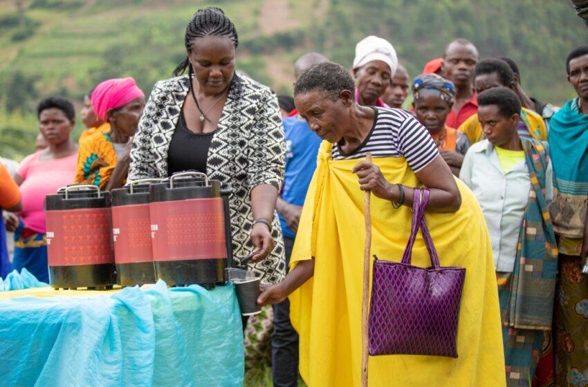 Gicumbi: Bamaze imyaka 10 biyubakiye uruganda ariko babuze amashanyarazi