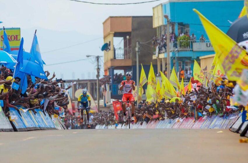 TduRwanda2020: Etape 3 Huye-Rusizi, itwawe n'umunya-Colombia RESTREPO