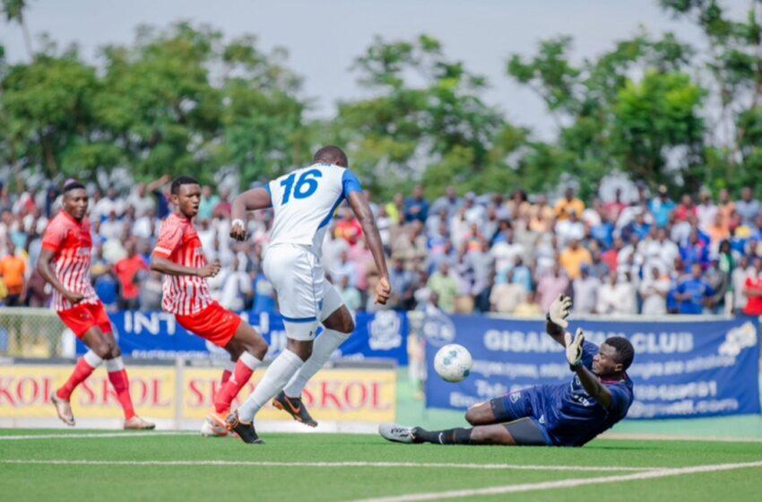 Sugira na Sarpong bafashije Rayon Sports gutsinda Musanze FC 2-1