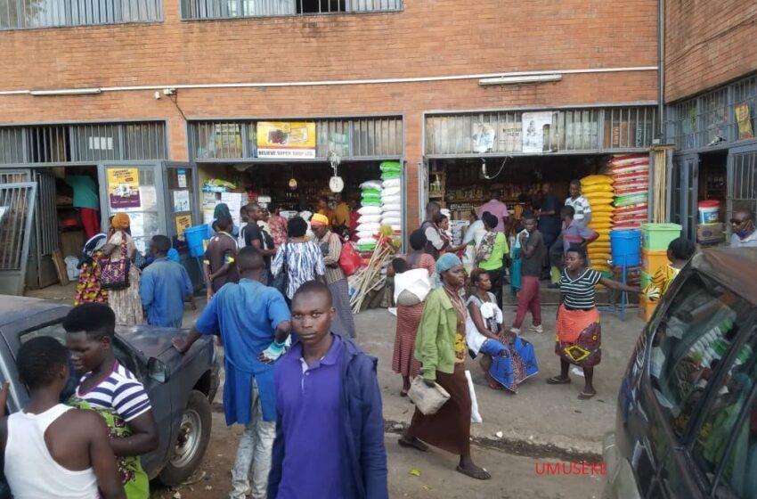 Nyabugogo: Ahazwi nko Kwa Mutangana ku wa mbere abantu bari urujya n'uruza