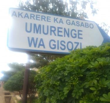 UPDATE: Umugabo witwikiye mu nzu n'umwana we bombi BAPFUYE
