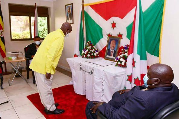 "Museveni yunamiye Nkurunziza ati ""Nta kindi narenzaho, mwihangane"""
