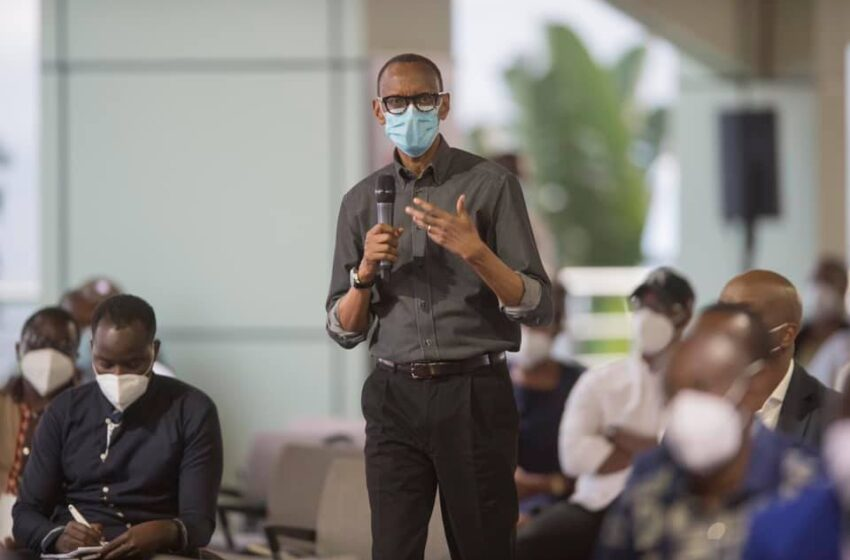 Igihugu kizaba gifite ibyago abato nibemera kuba mu makosa y'ababanjirije- Kagame