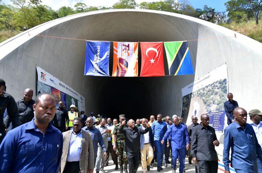 Magufuli yatangije inzira yo mu butaka izagera mu bihugu birimo n'u Rwanda
