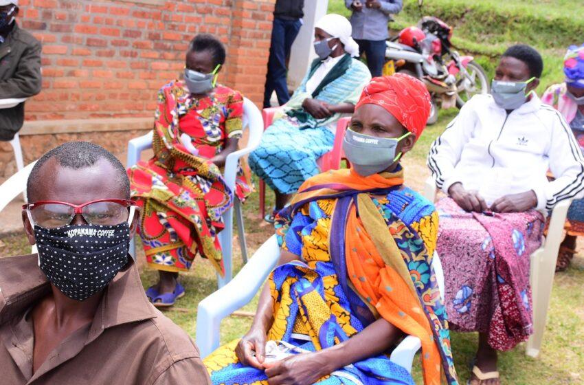 Rutsiro: Hari abahawe 'kandagira ukarabe' bavuga ko batazabona amazi yo gushyiramo