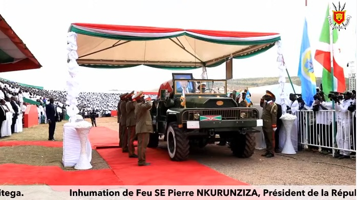 AMAFOTO: Perezida Nkurunziza yashyinguwe mu cyubahiro i Gitega