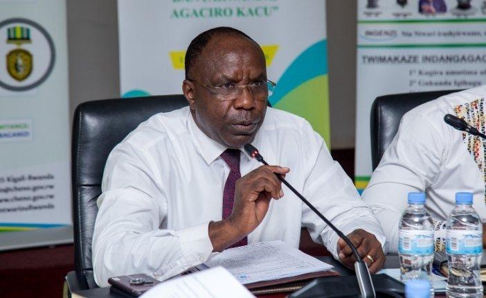 Dr. Habumuremyi wabaye Minisitiri w'Intebe mu Rwanda arafunzwe
