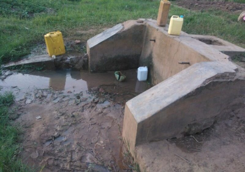 Kirehe /Nyarubuye: Bamaze imyaka 3 nta mazi meza, ay'igishanga ijerekani ni 200Frw
