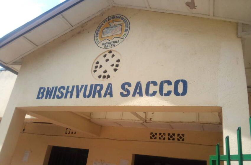 Karongi: Abagannye SACCO bakaguza bavuga ko byabahumuye bava mu bukene