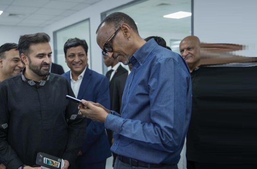 Kagame ari mu Bayobozi basabana cyane bakoresheje Twitter