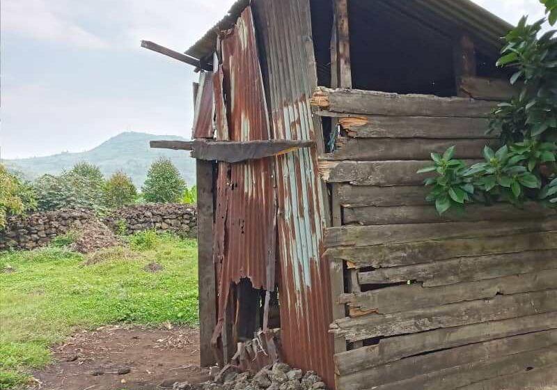Rubavu: Inzu zabo zenda gusenyuka burundu, bashinja Ubuyobozi kurangara