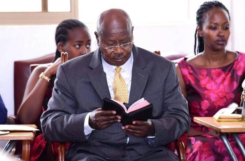 Museveni yashyizeho umunsi wo gusabira igihugu ngo Imana ibakize COVID…Ngo yarabihanuriwe