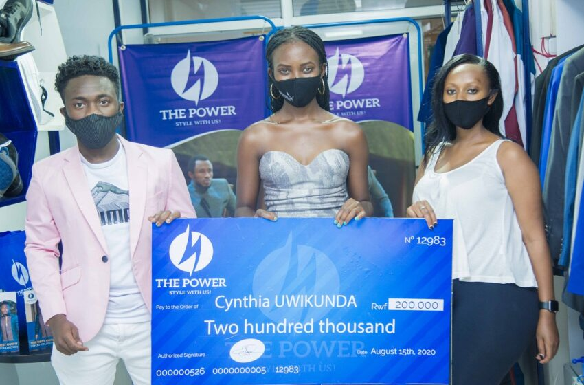 Abanyamideli 2 batsindiye 400,000Frw mu irushanwa ryateguwe na 'The Power Fashion Boutique'