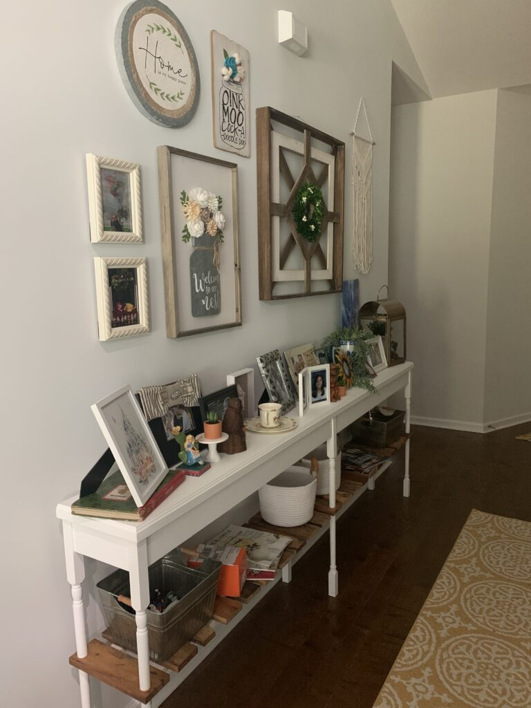 Being Mrs. Fowler, Making a House a Home, Boho Farmhouse Decor Ideas,  Entryway
