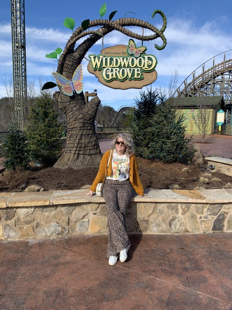 Anniversary Trip Dollywood Tennessee Wildwood Grove