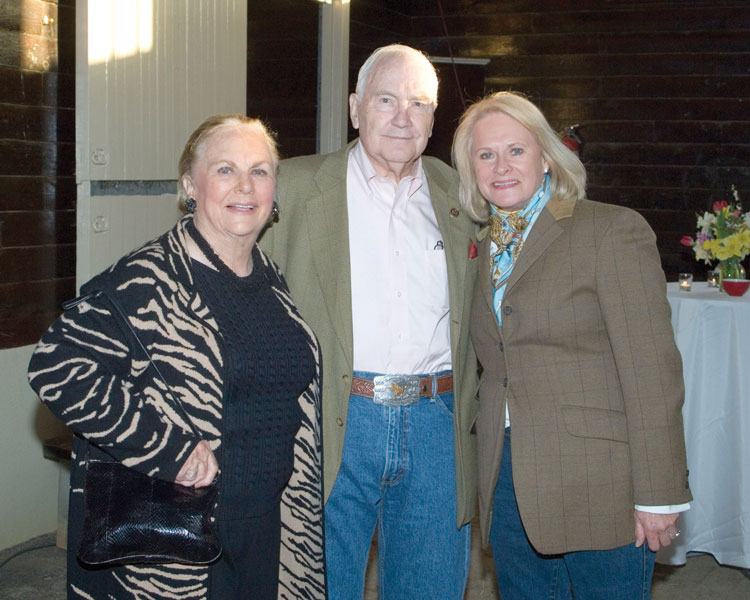 Mrs. Jacqueline Mars, Doug and Queenie Kemmere.