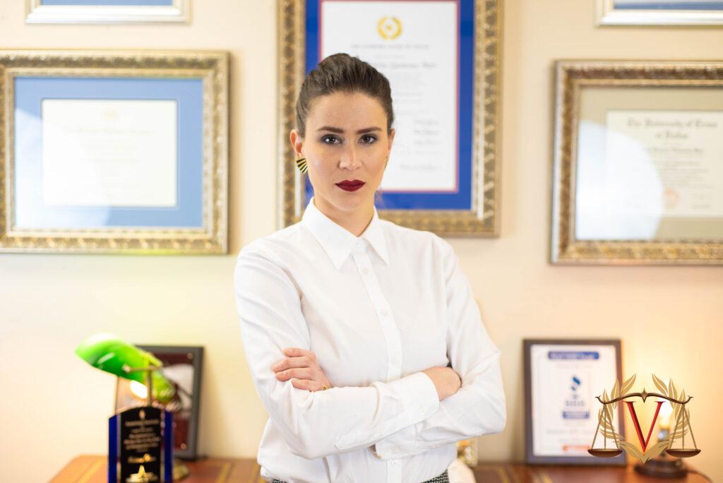 Criminal Defense Attorney - VICTORIA BARR